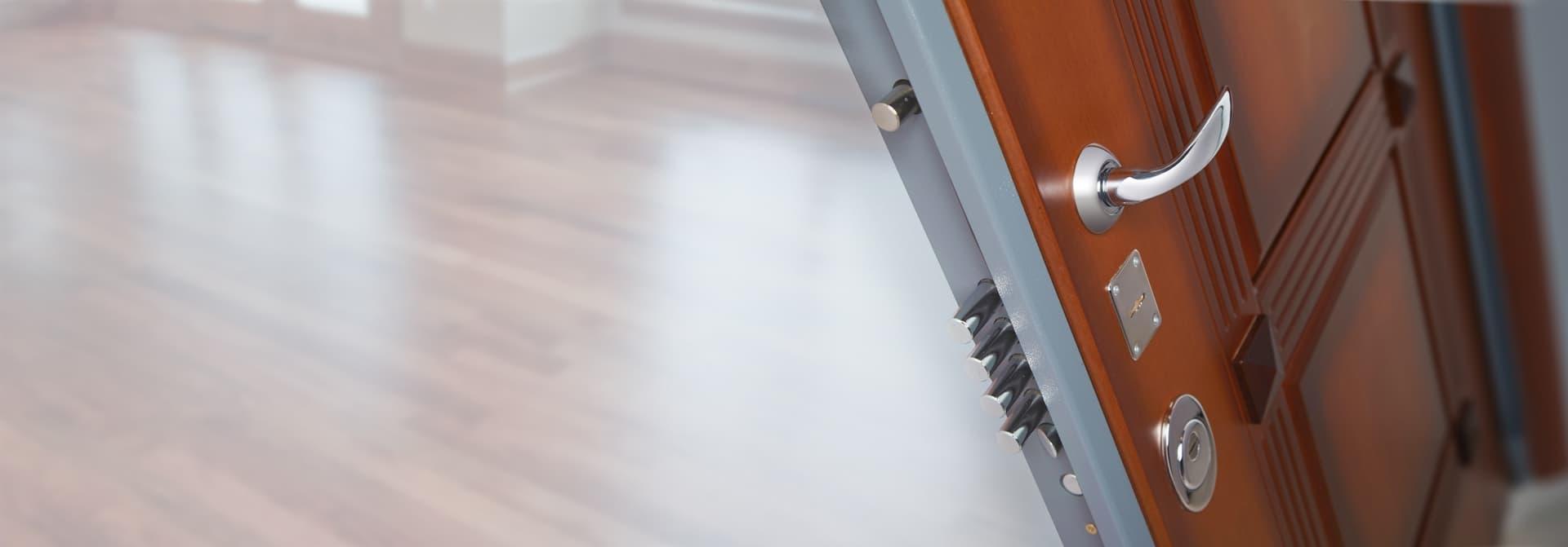 облегченные металлические двери и ставни